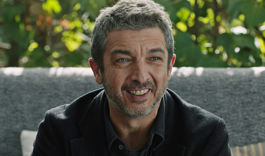 "Variety says acclaimed Argentine actor Ricardo Darín gives a sly, robust, and profound performance in the comedic drama ""Truman,"" directed by Cesc Gay. Photo via FilmRise."